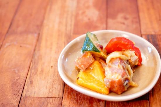 ベーコンと地中海野菜のバターソテー